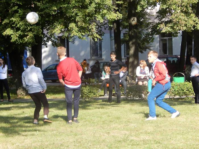 детская площадка, футбол