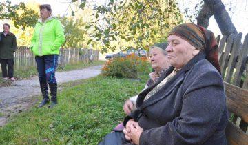 Пенсионер не может позволить себе колбасу за такую цену, увы. Фото Анастасии Вереск