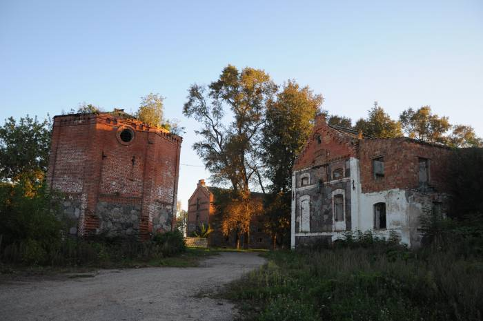 Остатки хозяйственного комплекса. Фото Анастасии Вереск