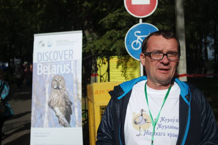 Иван Борок в спешке даёт нам интервью. Фото Александры Мирной