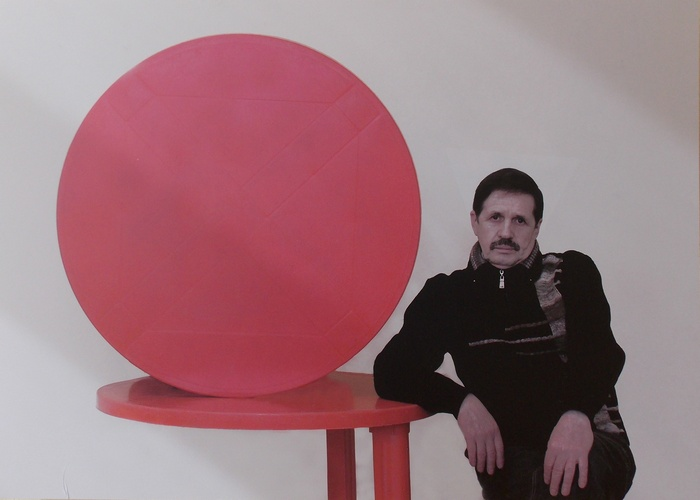 Супрематизм Александра Малея. Фото Игоря Барсукова