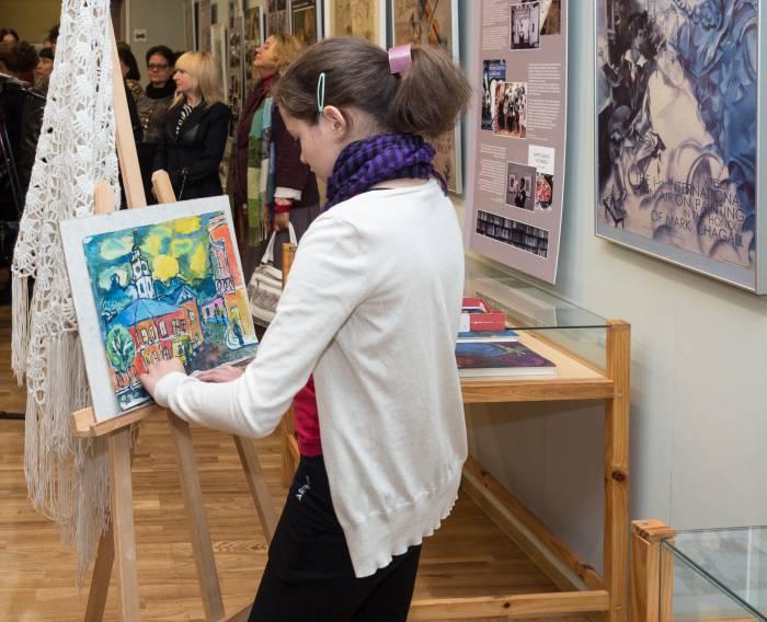 юный художник в арт-центре Марка Шагала