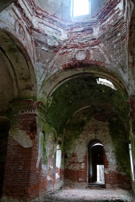 Внутри храма. Фото Анастасии Вереск