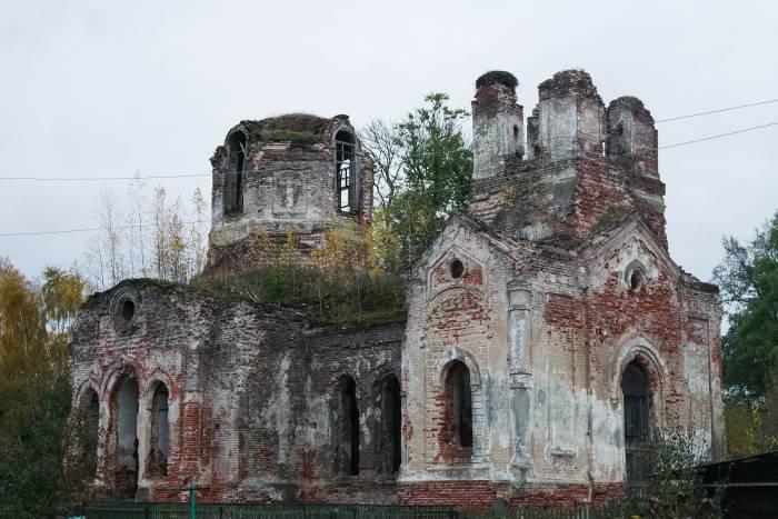 Воскресенская (Покровская) церковь в Межево. Фото Анастасии Вереск