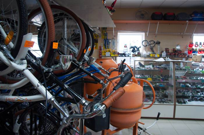 Магазин проката и аренды техники может сотрудничать с предпринимателем, который продает похожий товар. Фото Анастасии Вереск