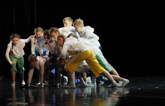 Образцовая студия современного танца «Параллели»