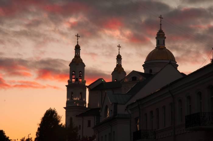 Успенский собор в Витебске стоит на возвышенности. Фото Анастасии Вереск