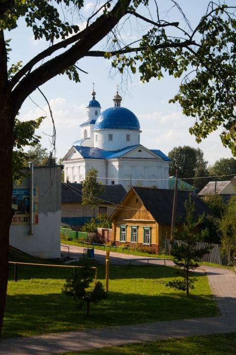 Храм Преображения Господня в городе Чашниках расположен в центре. Фото Анастасии Вереск