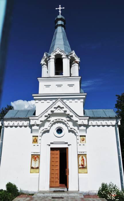 Храм Александра Невского в деревне Крапивно. Фото Анастасии Вереск