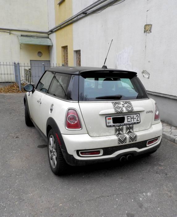 Автовышиванка: патриотичный тюнинг уже в Витебске