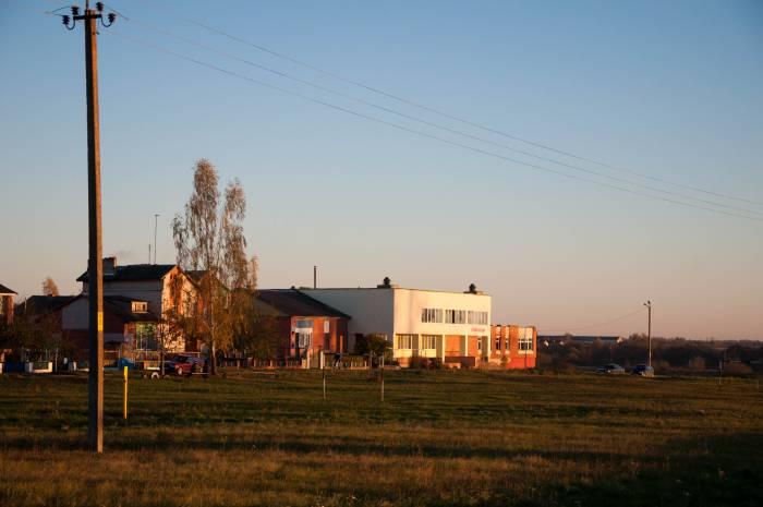Магазин - центр деревенской жизни. Фото Анастасии Вереск