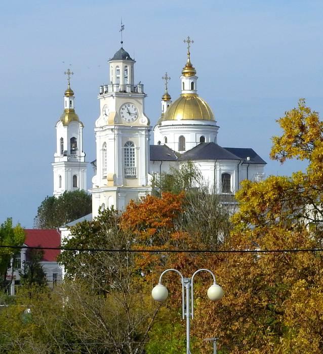 Витебск ратуша осень
