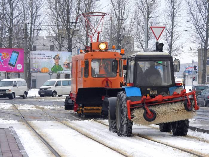 Витебский рекорд добавляет работы городским службам. Фото Светлана Васильева