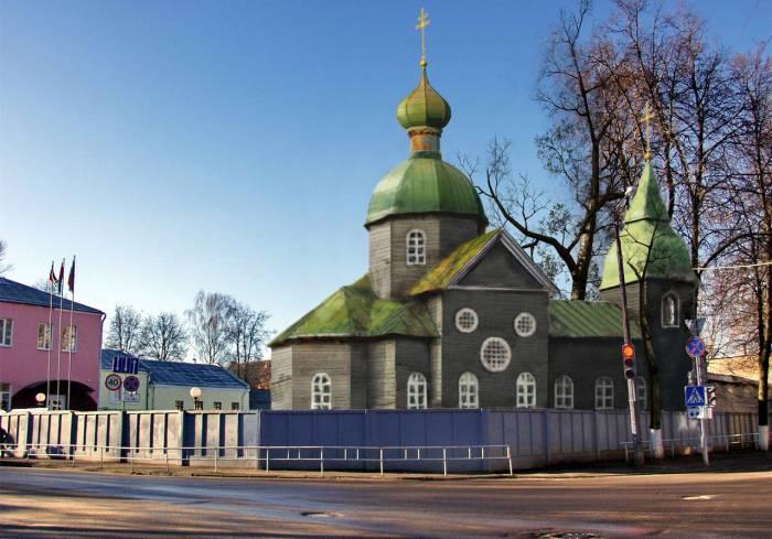 Николаевская батальонная церковь в Задвинье. Фотопроекция Виктора Борисенкова