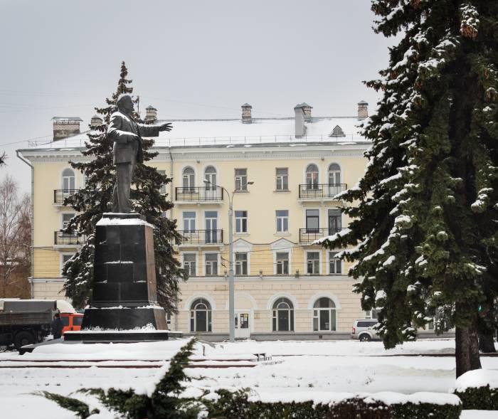 площадь Ленина снег