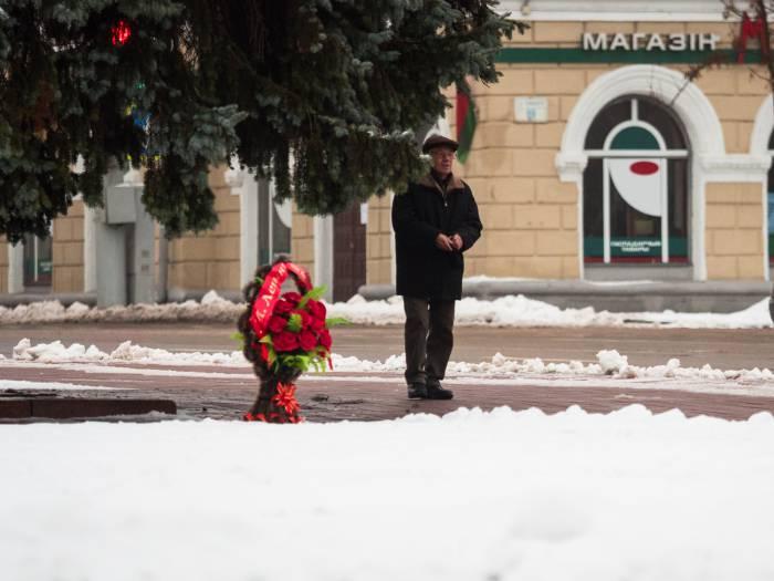корзина цветов для Ленина