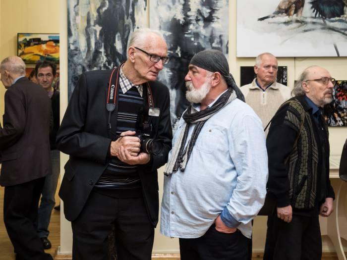 на открытии выставки художников Юрмалы