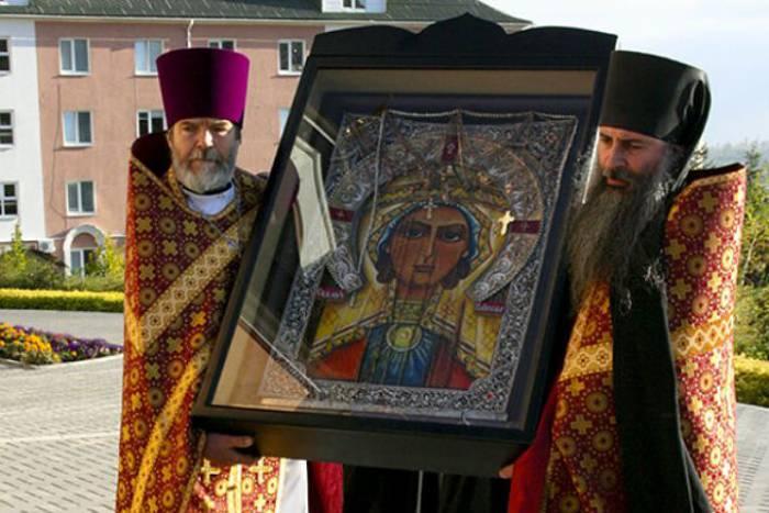 Икона святой Параскевы Пятницы почитается верующими во всем мире. Фото kp.md