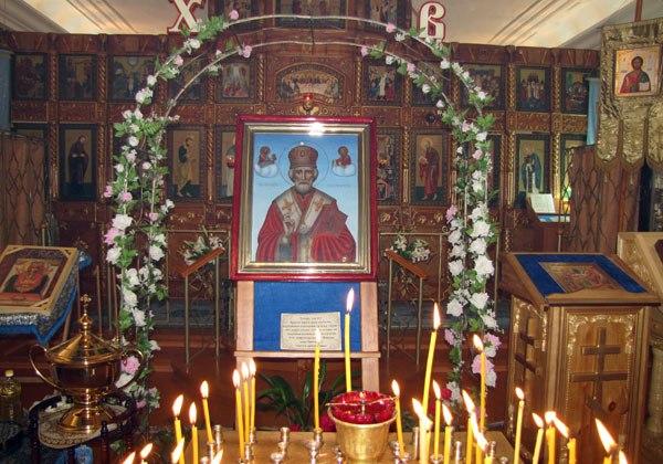 Посетить храм в этот день и поклониться иконе Чудотворца нужно обязательно. Фото mitropolia.ru