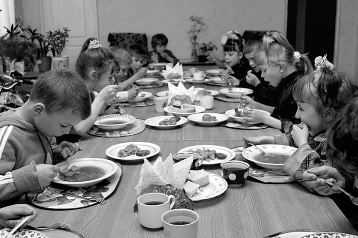Детдом - это одна семья, пока не будут нарушаться негласные правила. Фото gosnews.ru