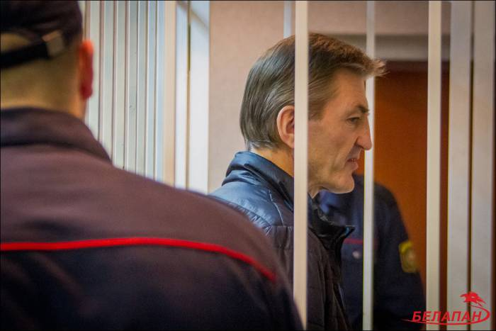 Вячеслав Давыдович в зле суда. Фото belapan.by