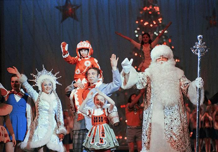 А так в 1977 году отмечали Новый год в Кремлевском дворец съездов. Фото livejournal.com