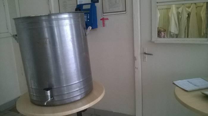 В больницу святую воду привозят отдельно. Фото Анастасии Вереск