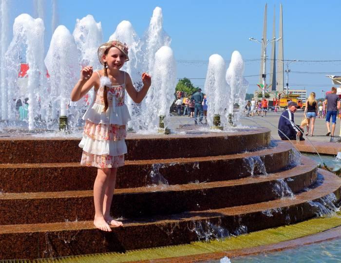 фонтан площадь Победы