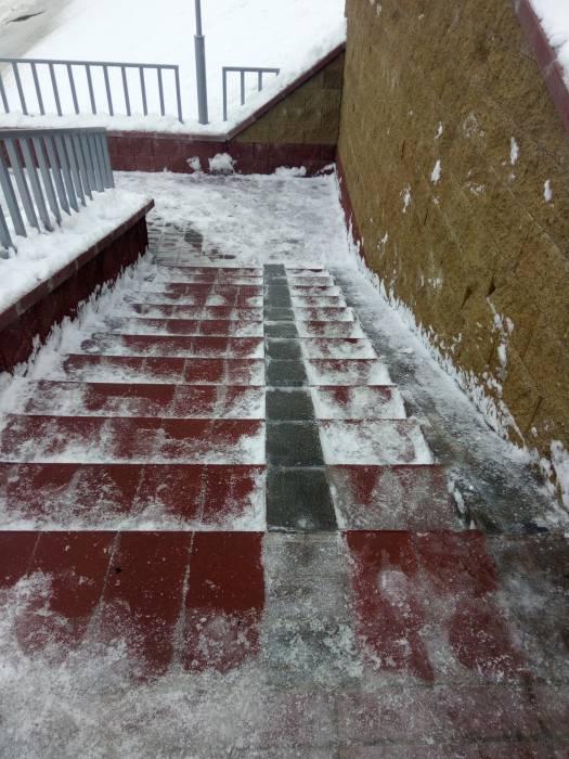 витебск, лестница, снег, коммунальщики, гололед
