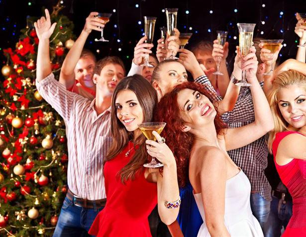 Старый Новый год чаще празднует молодежь. Фото spb.resto.ru