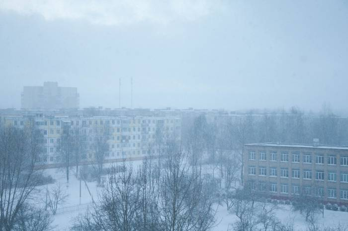 Снегопад над городом стоял плотной стеной около часа. Фото Анастасии Вереск