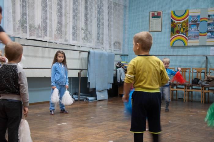 Занятия в младшей группы студии MIX. Фото Анастасии Вереск