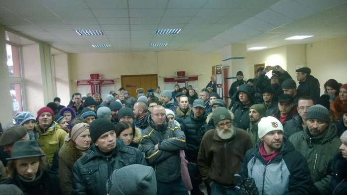 Места в зале суда опять всем не хватило. Фото: официальная страница в facebook Независимого профсоюза РЭП