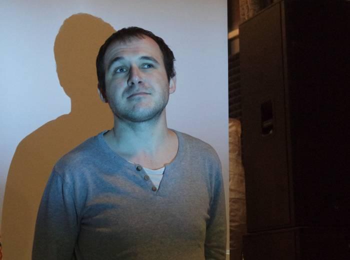 Вадим Барановский сыграл роль главного героя Марка. Судьба отсылает его в Витебск, чтобы изменить его жизнь. Фото Анастасии Вереск