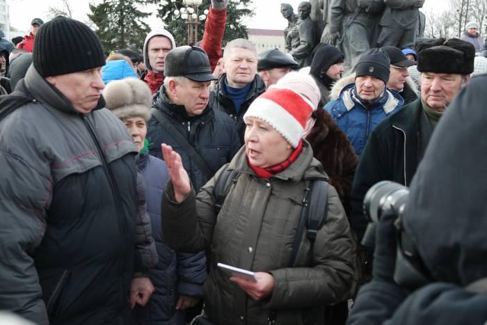 Татьяна Северинец на акции протеста в Витебске. Фото: Анастасия Вереск
