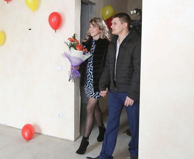 Счастливые обладатели квартиры в Минске