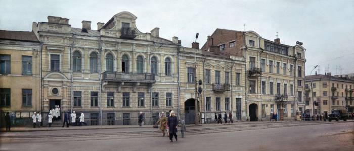 Здание фармакологического факультета. Снимок 50-х годов. Фото предоставлено Виктором Борисенковым