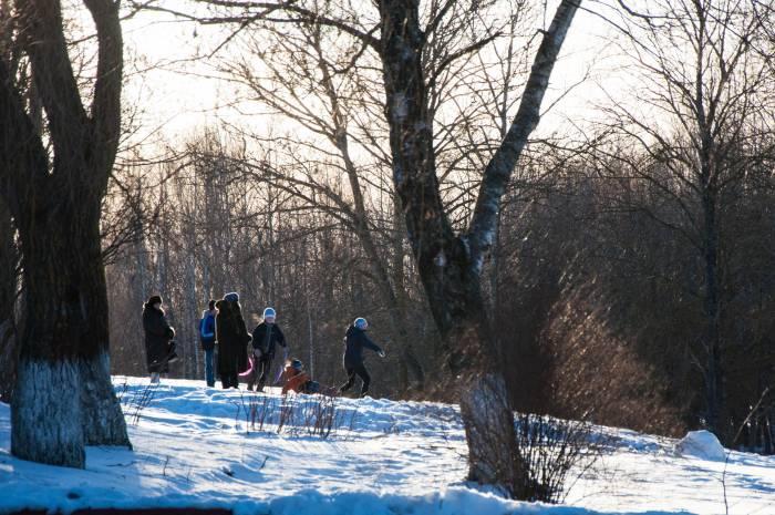 Скоро можно будет забыть про зимние развлечения. Фото Анастасии Вереск