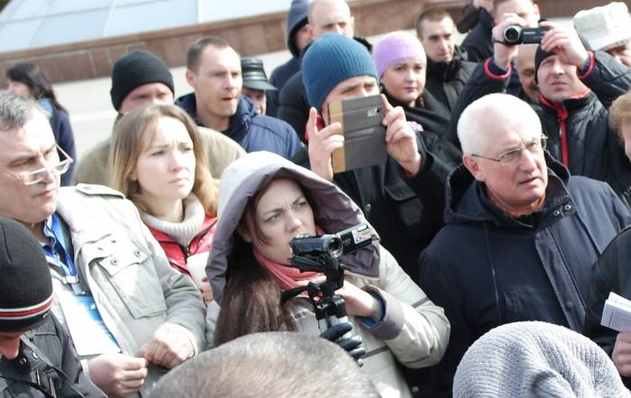 Ольга Журавская за работой. Фото Ольга Витебская