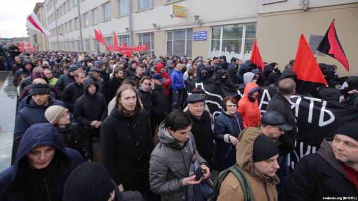 Бастующие в Минске 15 марта. Фото: svaboda.org