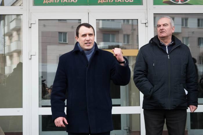 Павел Северинец выступает перед оршанцами. Фото Анастасии Вереск