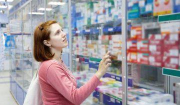 покупатель-в-аптеке