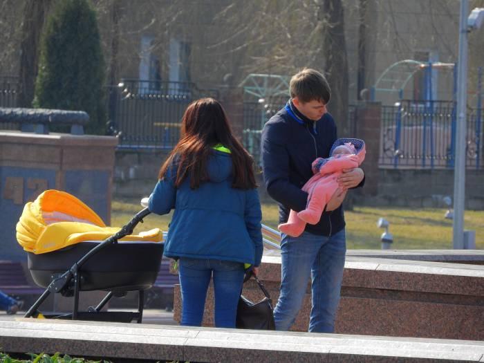 От чего пришлось отказаться белорусской семье? И куда на самом деле уходят наши деньги