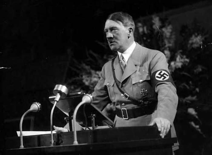 Адольф Гитлер. Фото iron-force.com