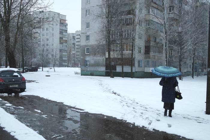 Зонтик сегодня - лучший друг человека. Фото Анастасии Вереск