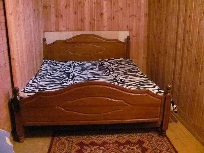 Спальных мест в коттедже хватит даже для большой компании. Фото усадьбы Вконтакте