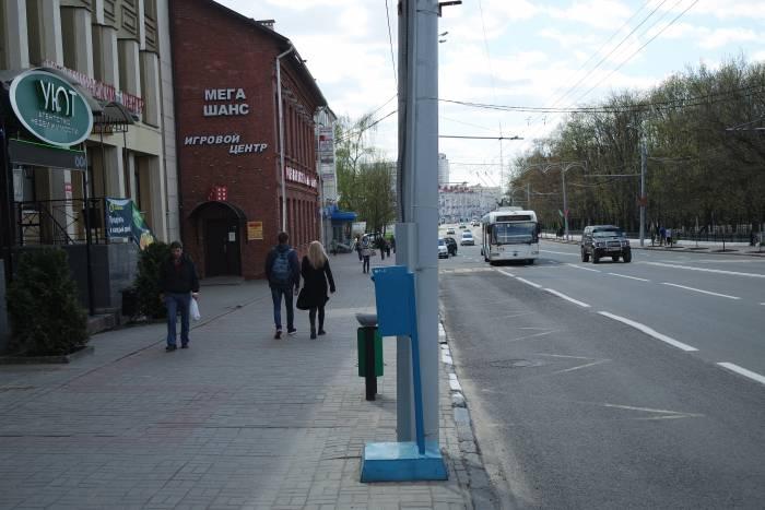 А раньше остановка была здесь. Фото Владимир Борков