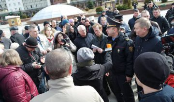 Ольга Журавская (в центре) на Дне Воли в Витебске. Фото Ольга Витебская