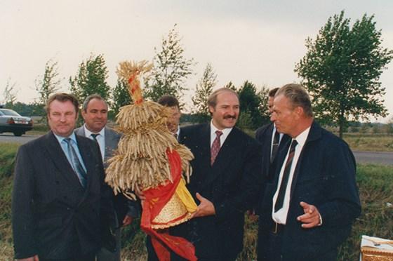 Василий Чепик (крайний слева). Фото belaruspartisan.org