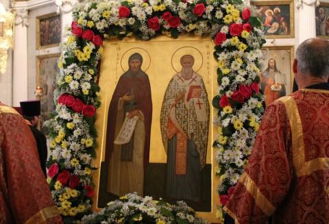 24 мая в городах проходит крестный ход, посвященный памяти Кирилла и Мефодия. Фото vosnesenie.ru